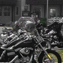 Genießen Sie eine die wunderbare Mainlandschaft mit dem Motorrad